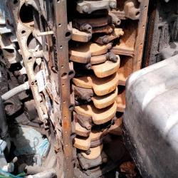 Двигатель без головки