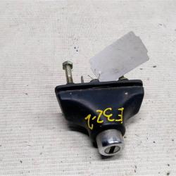 Кнопка открывания багажника личинка
