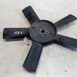 Крыльчатка моторчика радиатора ДВС